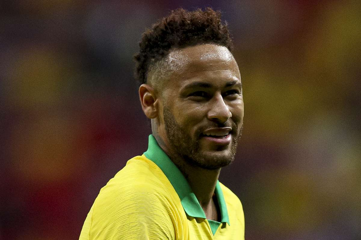 Neymar doubtful for Brazil's clash with Bolivia due to back injury